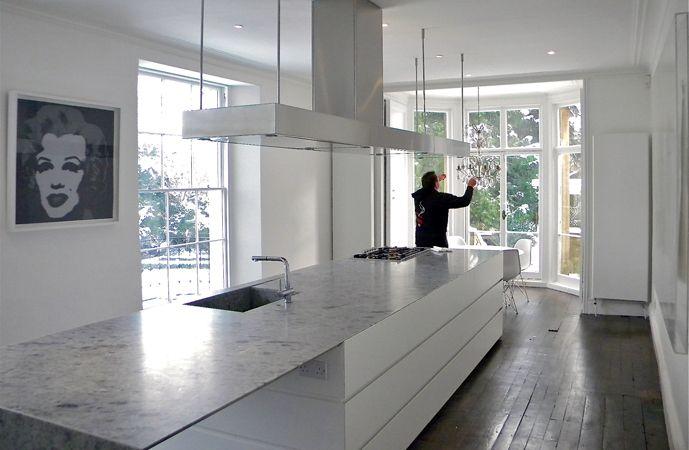 Minotti Cucine White Lacquered Gandhara kitchen with White Labradorite worktops St. John's   Bruges Tozer