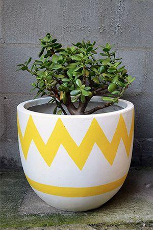 Fibre Glass Pot Medium - Chevron Yellow