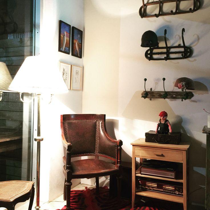 17 best images about nuestra casa atelier juan cosas for Casas de muebles en montevideo
