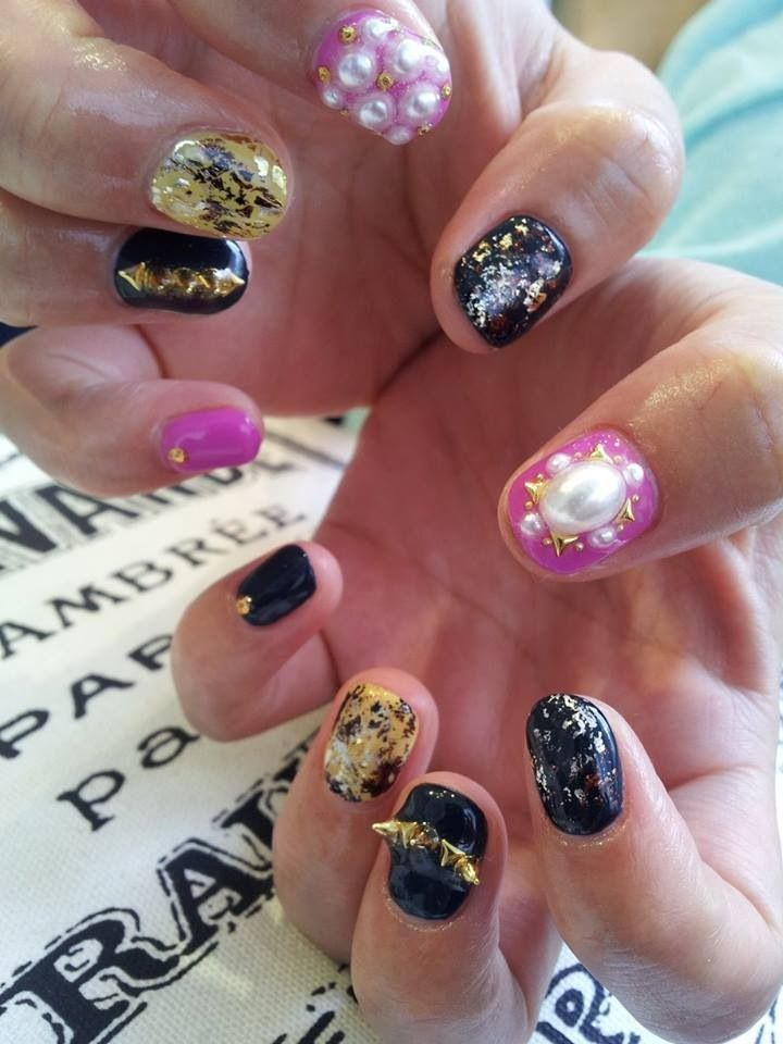 momi's nails aug'13