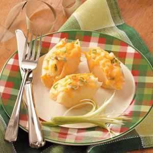 I made these as a side dish for Easter dinner everyone loved them.: Stuffed Pasta Shells Recipe, Fake Pierogies Great, Yummy Food, Food Pierogi, Pasta Shells Intriguing, Food Pastas Shells, Pierogi Pasta Shells, Pasta Shells M, Yumm Food