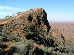 EASTER ANZAC DAY TOURS to Arkaroola, Lake Eyre, Wilpena Pound, Flinders Ranges, Lake Mungo National Park