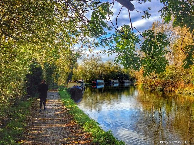 Hiking trails in London's network of canals that sometimes are just a single stairway down from the city's busiest roads. It actually feels like magic – and is the closest the real London comes to Platform 9 3/4 of the Harry Potter books.  EASY HIKER | Horsenden Hill and the Grand Union Canal | http://easyhiker.co.uk