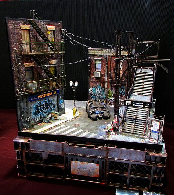 Gotham City 1/35 Scale Model Diorama