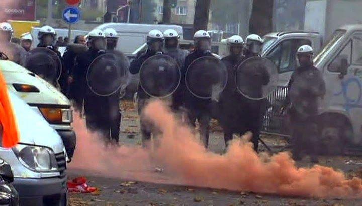 ΤΟ ΚΟΥΤΣΑΒΑΚΙ: Στο Βέλγιο δεν συμφωνούν με την οικονομική πολιτικ... 15 Δεκεμβρίου, μια Εθνική απεργία έχει παραλύσει τη Δευτέρα, ζωή στο Βέλγιο. Οι Δημόσιες υπηρεσίες-εκπαίδευση, υγεία και διοικητικές υπηρεσίες, συλλογή σκουπιδιών και άλλοι κλάδοι σε όλες τις περιοχές της χώρας είναι αποκλεισμένοι ή θα λάβουν μέρος στην απεργία. Πολίτες και συνδικάτα συνιστούν σε άλλους πολίτες να παραμείνουν στο σπίτι τους ή να ενταχθούν στις απεργιακές κινητοποιήσεις.