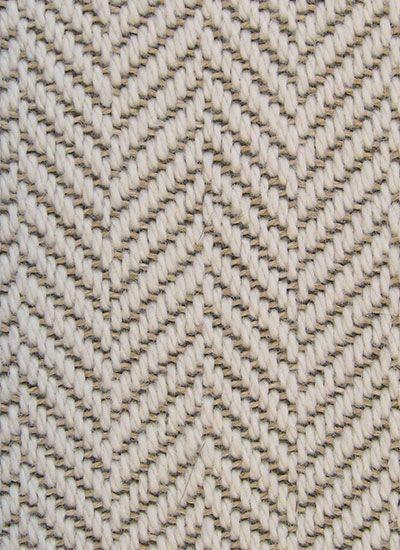 Teramo. Een wollen tapijt geschikt voor intensief huiselijk gebruik, in woonkamer, slaapkamer of kinderkamer.