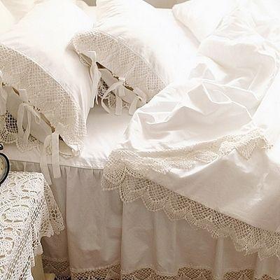 Белое кружево принцесса постельного белья класса люкс 4 шт. оборками покрывало сплошной цвет пододеяльник юбки белье постельное белье хлопок 4 размер