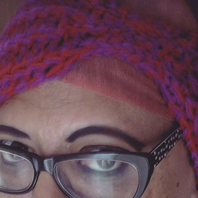 Close-up of the Everly Headwrap. Available in the #NiftyNadi shop on #etsy #crochet #headwarmer