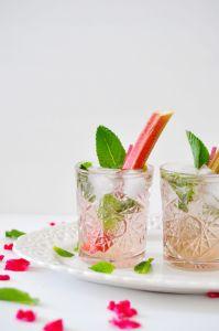 Rhubarb mojitos