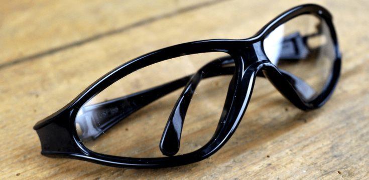 Brille aus dem Chemie-Labor C1000