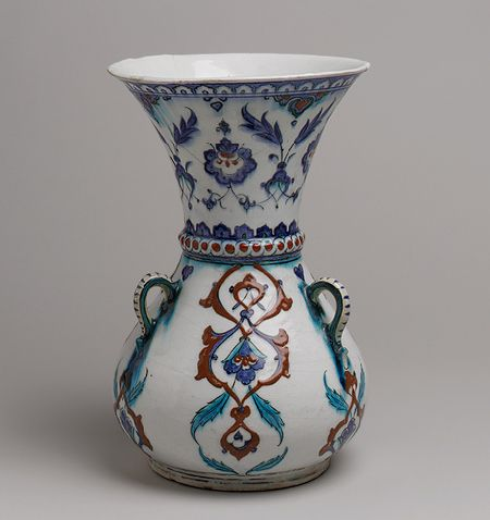 Mosque lamp, late 16th century Turkey; Iznik