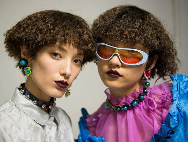 Kenzos Spring 2018 Show Featured 100 Percent Asian Models (and Gravity-Defying Stunts)