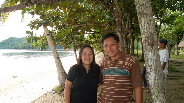 Cathy & Bhong leaders in the Philippines!