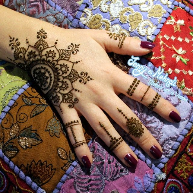 #henna #mehndi #mehendi #india #bollywood #bodyart #vienna #hennainwien #jennysmehndi #hennainvienna #hennatattoowien #hennatattoovienna #tattoovienna #hennatattooinwien