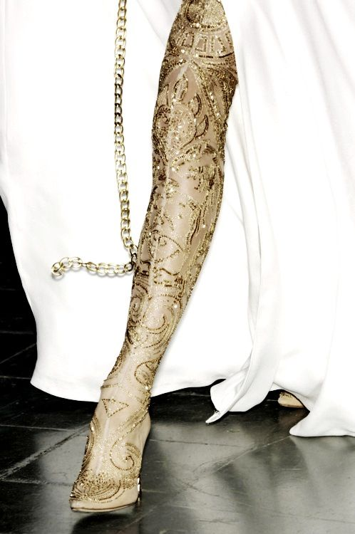 Adorn your legs with gold!!
