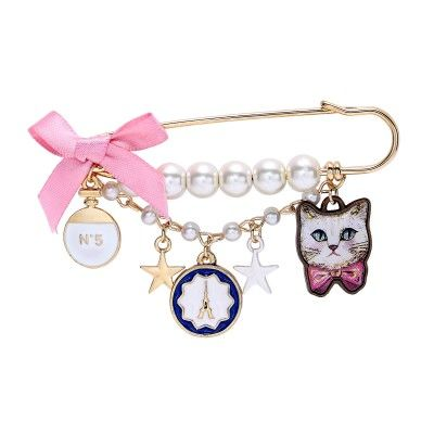 Multi Charm Gold Tassel Cat Pearl Safety Pin Brooch Bow Kitty