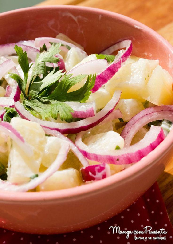 Saladas para o Verão - Salada de Batata Parisiense - com Iogurte. Para ver a receita, clique na imagem para ir ao Manga com Pimenta.
