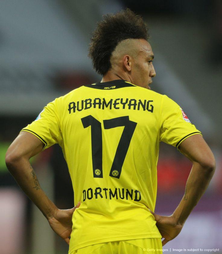 Pierre-Emerick Aubameyang (astro snake) ist ein gabunisch-französischer Fußballspieler. Seit 2013 steht er bei Borussia Dortmund unter Vertrag. Wikipedia Geboren: 18. Juni 1989 (Alter 24), Laval, Frankreich