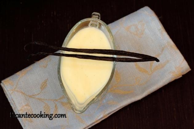 Теплый ванильный соус