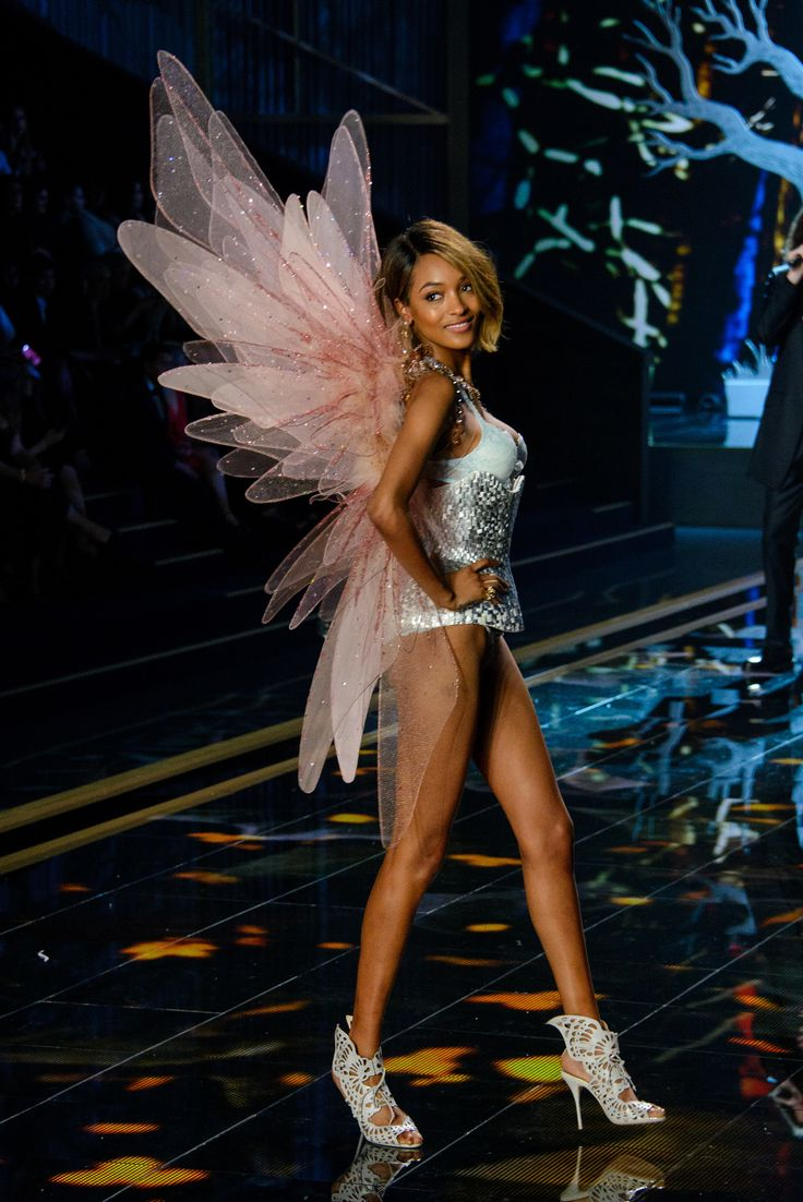 Jourdan Dunn - Victoria's Secret Fashion Show 2014: Peformances by Taylor Swift & Ariana Grande | StyleCaster