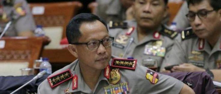 Kapolri: Antasari ke Mabes Laporkan Penyidik Polri Bukan SBY  KONFRONTASI- Kedatangan mantan Ketua Komisi Pemberantasan Korupsi (KPK) Antasari Azhar beberapa waktu lalu ke Mabes Polri menurutKapolri Jenderal Pol Tito Karnavian bukan untuk melaporkan Presiden ke-6 RI Susilo Bambang Yudhoyono (SBY) melainkan melaporkan sejumlah anggota Polri.  Hal itu diungkapkan Tito merespons keluhan dari Wakil Ketua Komisi III yang juga Ketua DPP Partai Demokrat Benny k Harman.  Benny mengatakan bahwa Polri…
