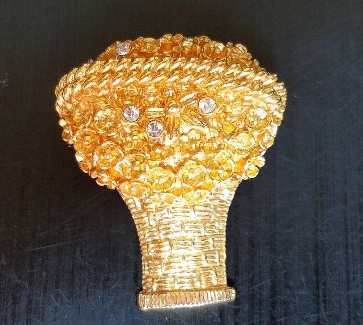 AVON 1971 Solid Perfume Fragrance Flower Basket Brooch Pin Compact Parfum Vogue #Avon #FlowerBouquet