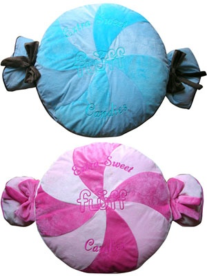 Candy dog beds. Would be really cute to get a bunch for my daughters Candy themed bedroom.