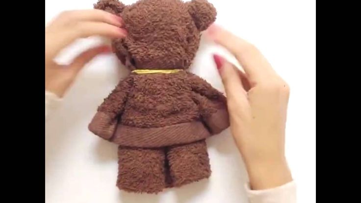 [5-Minute Crafts] A bear made from a towel
