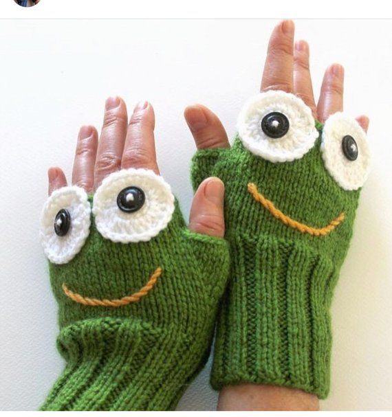 Green Frog Sesame Street Gloves, Fingerless Gloves, Winter Fashion, Girls Women, Arm Warmers, Green Mitten, Mother's Days Gift, Accessories Whit this Green Frog Gloves, you will not need to spend an effort to look stunning.!!!  Cookie Monster Gloves is look ravishing on both boys and girls! Elegant, daily and stylish, these fingerless mittens in soft, will make the perfect winter accessorie for you or your loved one. — Your