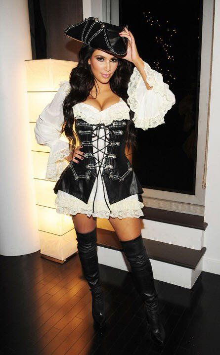 Pin for Later: Kim Kardashian Has Mastered the Sexy Halloween Costume Pirate