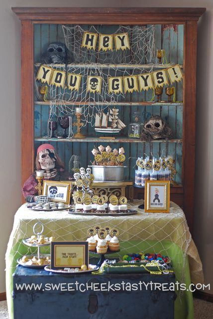 How's this for an awesome Goonies dessert table!