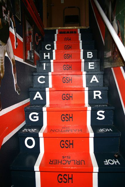 Best 25 Chicago Bears Man Cave Ideas On Pinterest