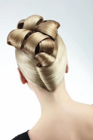 Off The Top is a salon everyone is made feel welcome , a salon where you can look and feel a million dollars without breaking the bank .   Hair Salons, Spa, Massage & Well being Centers in Australia