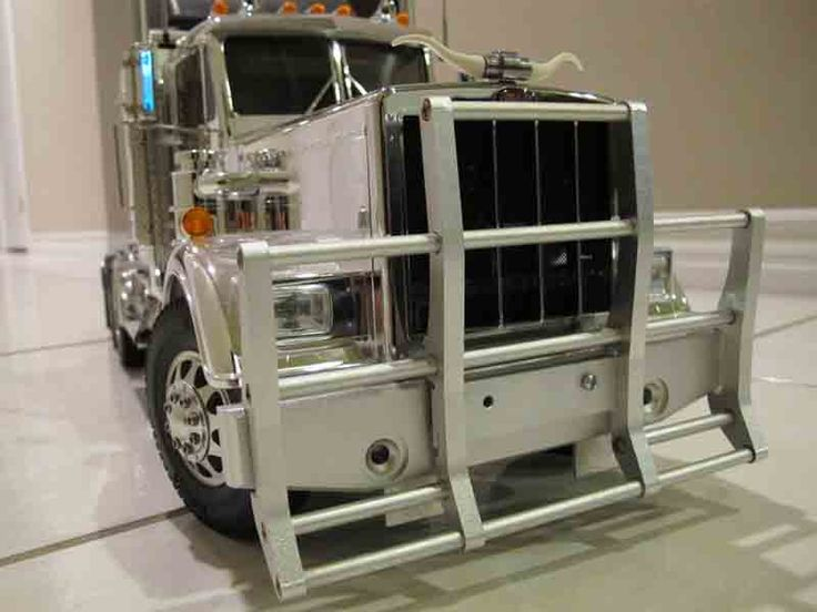 Grill Guards For 379 Peterbilt S : Best images about peterbilt kenworth trucks model