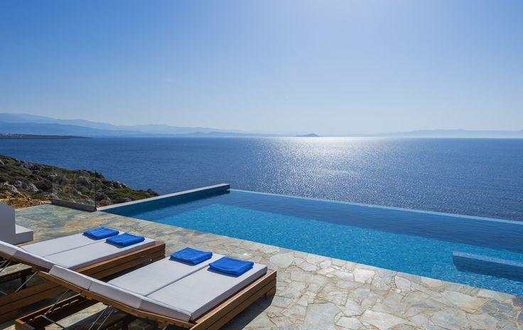 Deluxe villa with direct access to the sea, Akrotiri | Cretico