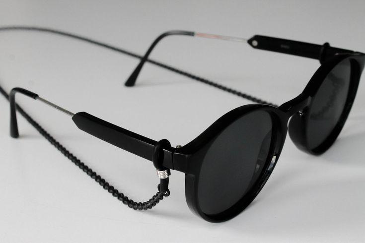 Black sunglass chain - summer accessory, eyewear chains