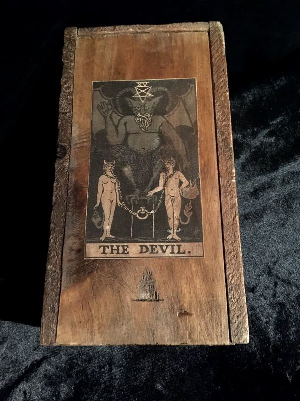 273 best images about occult treasures on pinterest for Decorative tarot cards