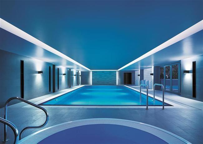 Shangri-La Hotel Sydney - Compare Deals
