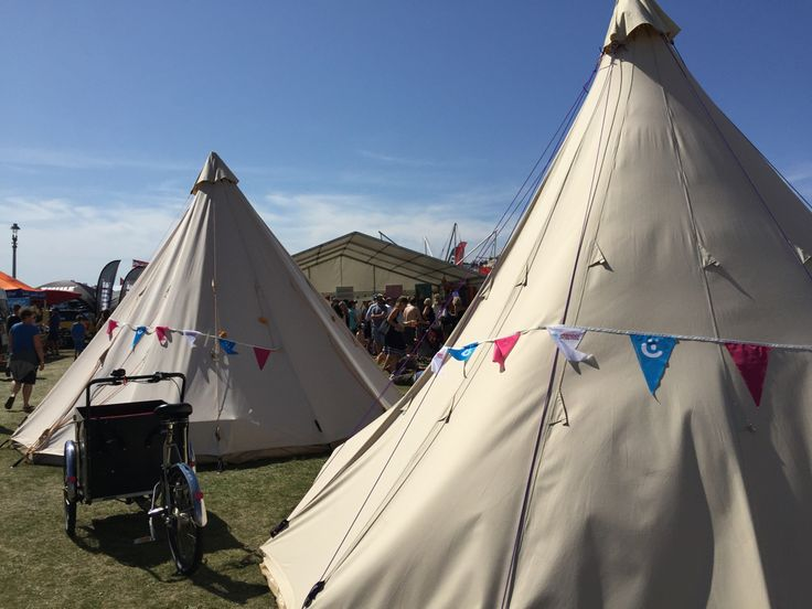 Come down to Paddle round the Pier #PRTP #Brighton to see us at the Child Friendly Brighton Tipis today and tomorrow next to the Ocean Flooring Kids Stage we have a Kids Fun Tipi a Feeding Tipi and a Changing Tipi plus sandcastle competition 12-1 on Sunday!