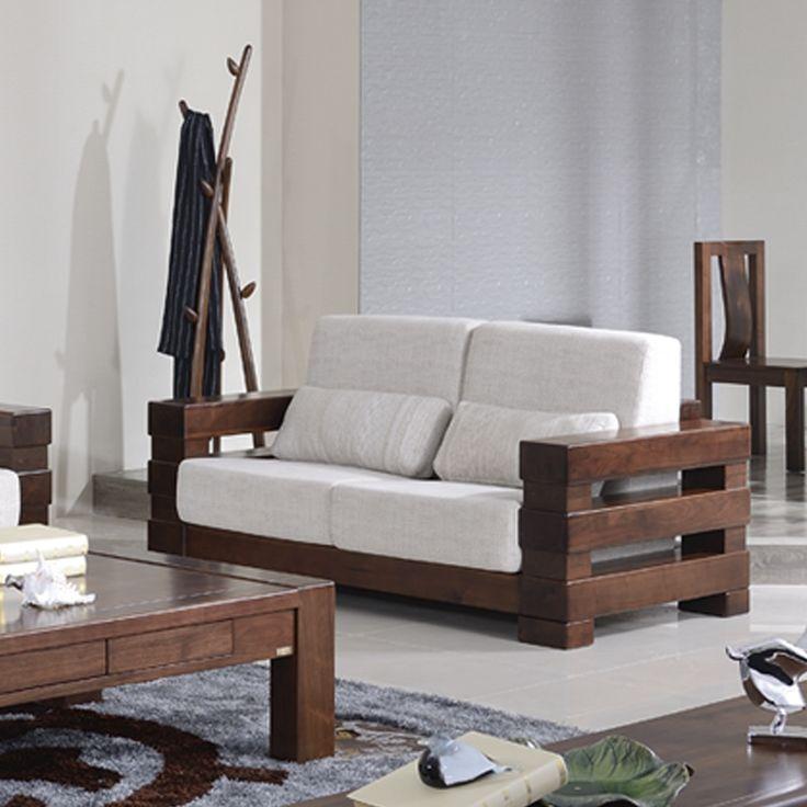 Деревянный диван с белой текстильной обивкой можно купить https://lafred.ru/catalog/catalog/detail/38573598314/