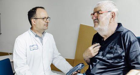 #Parkinson: Vor- und Nachteile der Therapien - Apotheken Umschau: Apotheken Umschau Parkinson: Vor- und Nachteile der Therapien Apotheken…