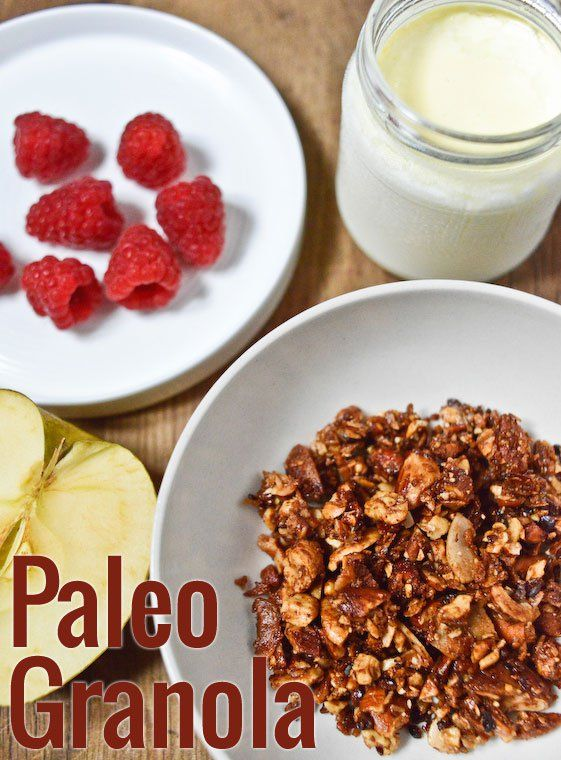Paleo Granola Recipe - Made this and it was too good. Ate a ton. (I threw a handful of chocolate chips in it)