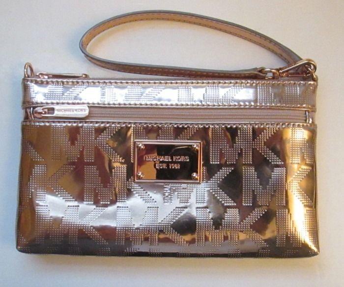 89baea317dd4 ... MICHAEL KORS Jet Set LARGE WRISTLET Phone Case ~ ROSE GOLD Mirror  Metallic ~ NWT ...
