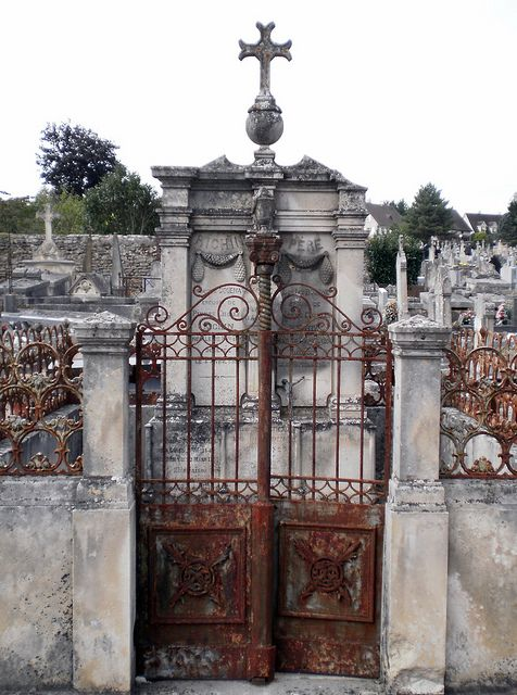 Rusty Gates in AVALLON CEMETERY, Burgundy, France .......reminds me of the old cemeteries in New Orleans!