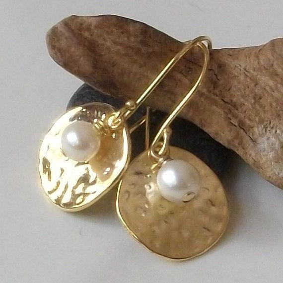 Pearl Earrings Pearl Disk Hammered Earrings by PeriniDesigns, $19.00