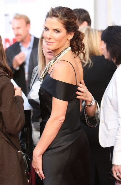 """Sandra Bullock Photos: Premiere Of Touchstone Pictures' """"The Proposal"""" - Arrivals"""