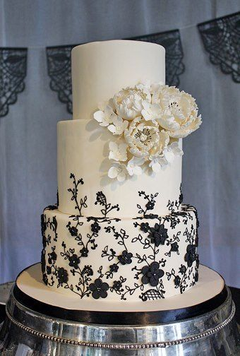 black lace wedding cakes 17 best images about kristin s white amp black wedding 11869
