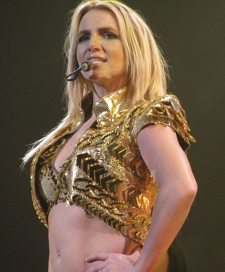 Britney Spears Net Worth estimated up to $200 million, she is famous, songwriter, dancer.  #BritneySpears