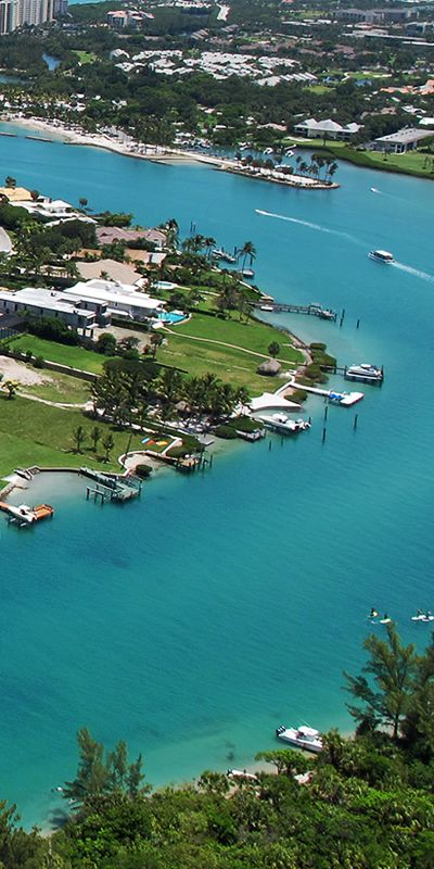 JUPITER INLET COLONY is a luxury waterfront community located in the north part of stellar Palm Beach County. Great homes and lovely Florida property. #jupiterinletcolony