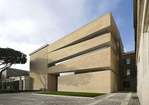 Città del vaticano / Italia Biblioteca Pio Ix Pontificia Università Lateranense.